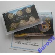США набор 6 монет 5 центов 2005 пруф и АЦ трещина на упаковке